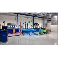 Disponemos de taller para hacer cualquier mantenimiento que su vehículo necesite.
